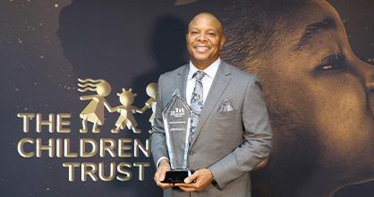 Morris Copeland fue nombrado David Lawrence Jr. Champion for Children homenajeado en 2020.